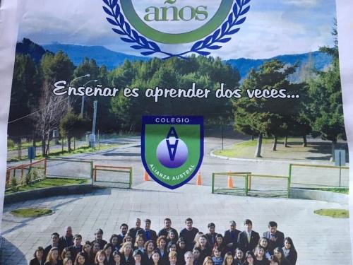 Suplemento 21 años Colegio Alianza Austral